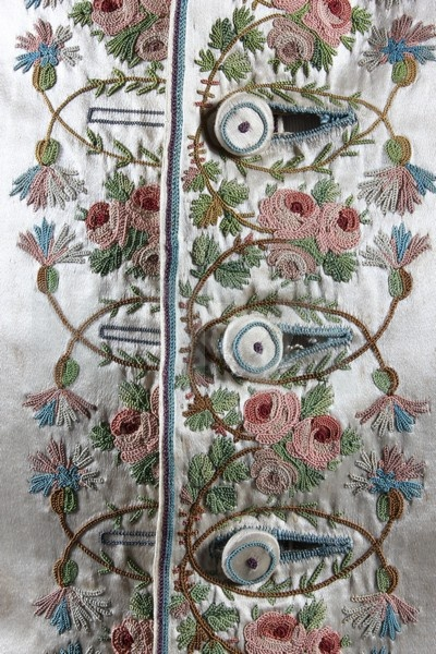 antique-tambour-embroidery
