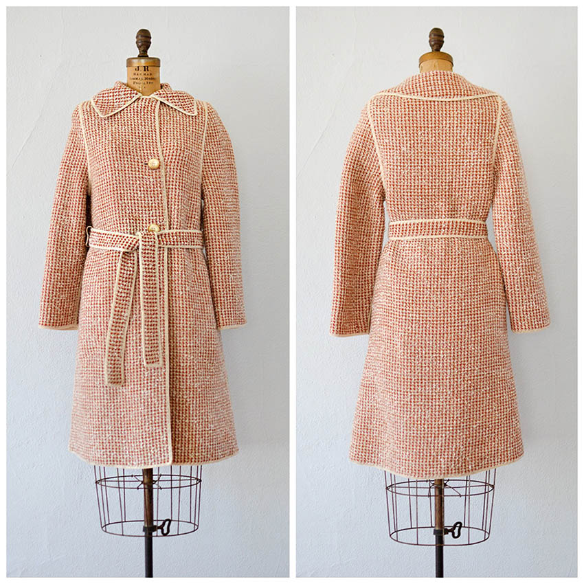 TWEET_vintage1960smarooncreamsweatercoat