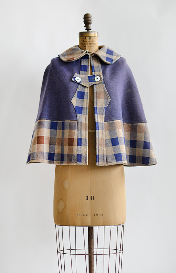 antique1880swoolplaidcape