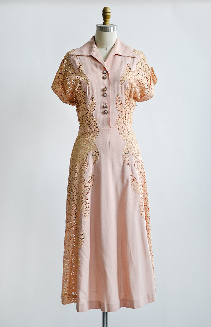 vintage1940spinkpeachlacepanelsdress