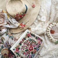 Vintage Shop Update | Accoutrements