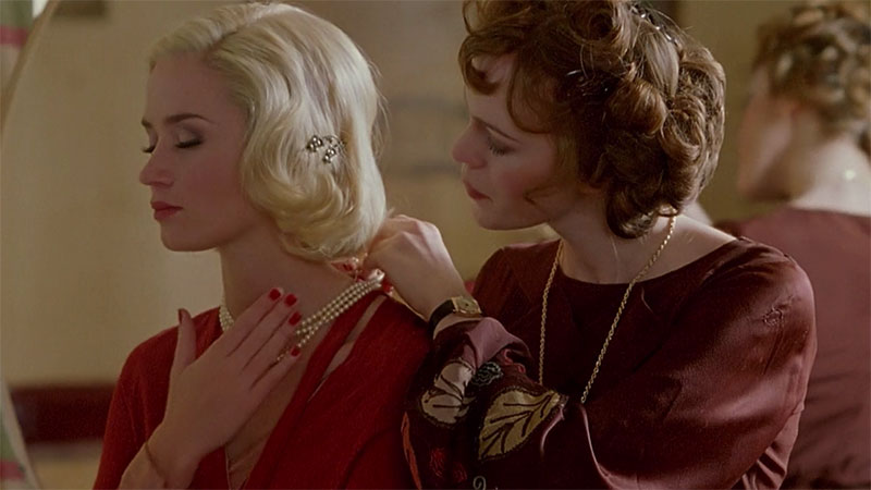 On The Set | 1930s Style Inspiration from Poirot