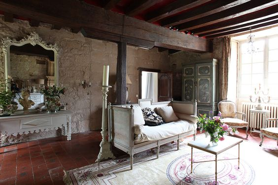 French Country Manor, Living Room